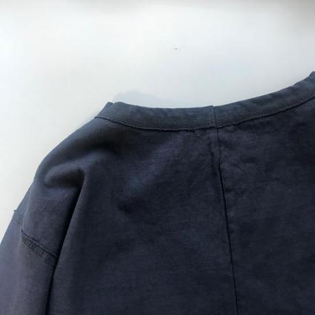 CLO184 :  back slit tee