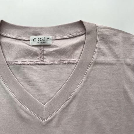 CLO183 : V-neck tee