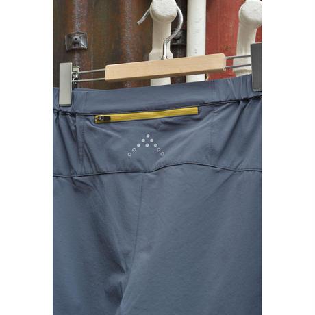 Momentum Shorts /  Steel