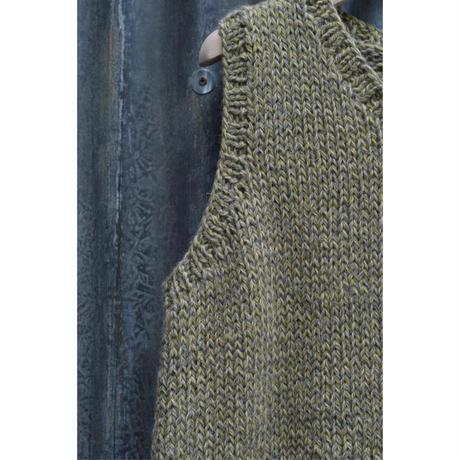 田口さんの手編みベスト