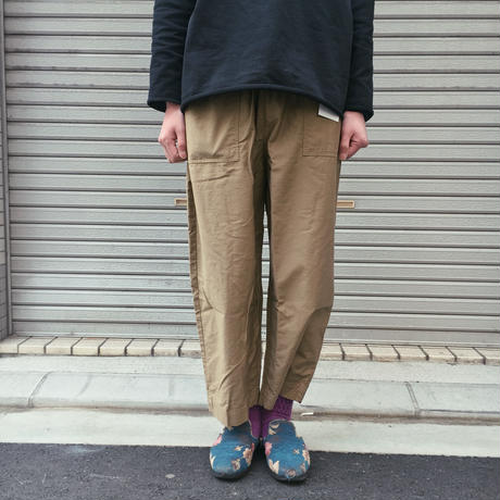 LOOSE BACKER PANTS 【 HAVE A GOOD DAY 】