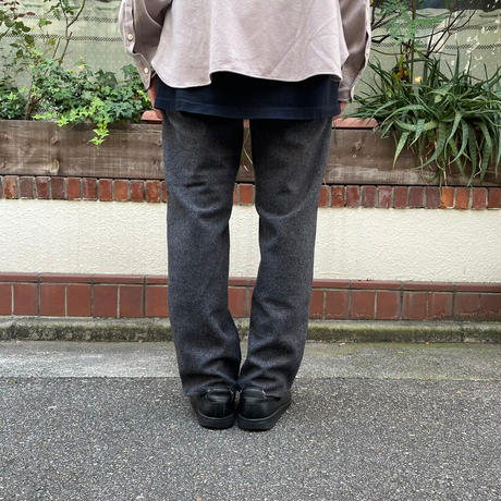 SPINDLE WOOL <charcoal>【Necessary or Unnecessary】