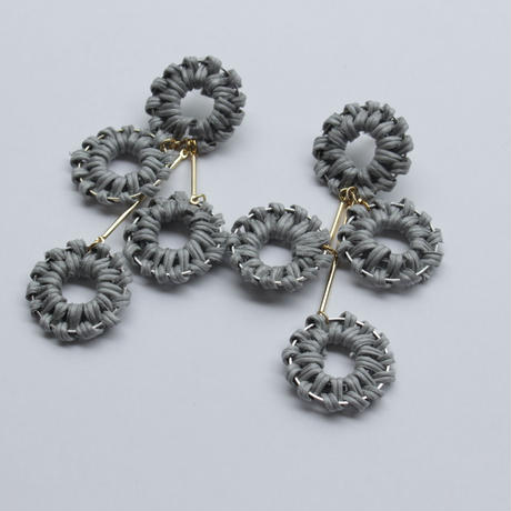 4連 circle rattan pierce lightgray