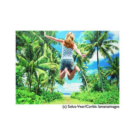 ポストカード【Girl jumping】夏/海/南国/女性/バケーション/ハイテンション