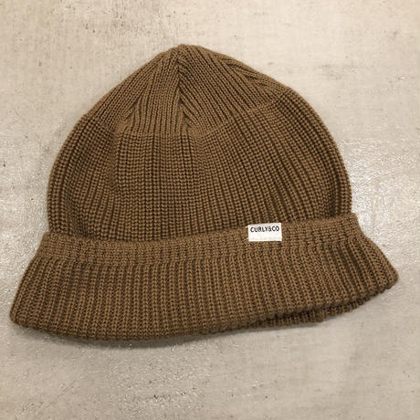 CURLY / BROWN KNIT CAP