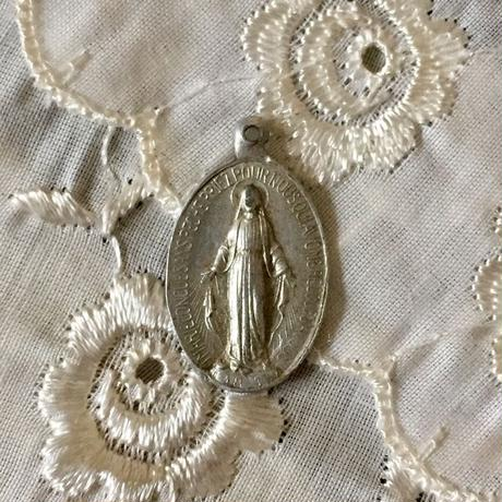 Antique Medaille or Charm (不思議のメダイ)- type*H