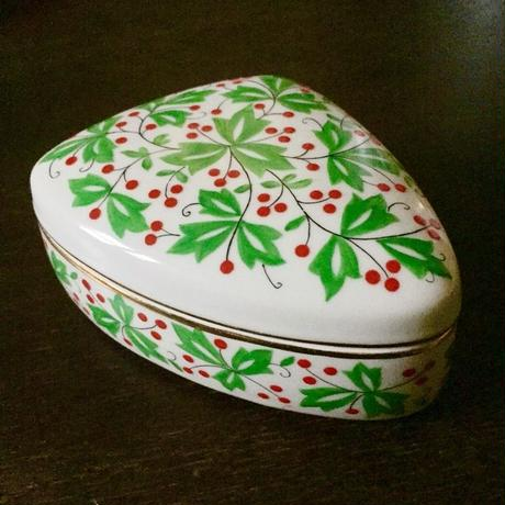 HOLLOHAZA - Trinket Box with lid