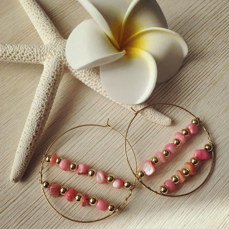 pink shell decorated pierce