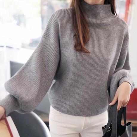 CO246: 袖バルーンニットセーター