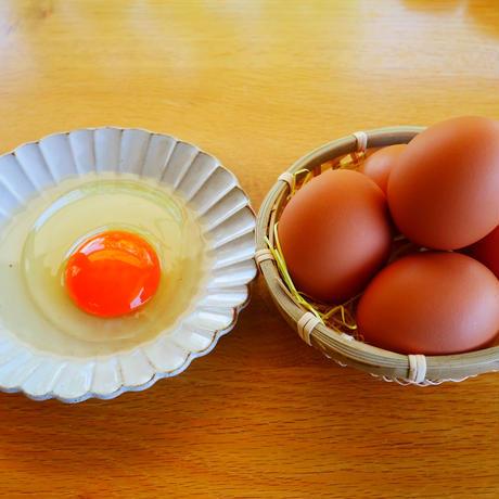 新鮮な卵とお菓子の堪能セット