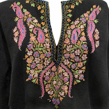 刺繍プルオーバートップス(1970s UK)