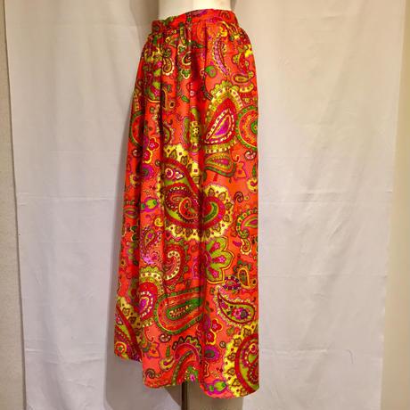 """ cocotier "" 花ペイズリーMAXIスカート(1970s Italy デッドストック生地製)"