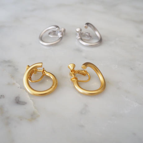 circle earring GOLD