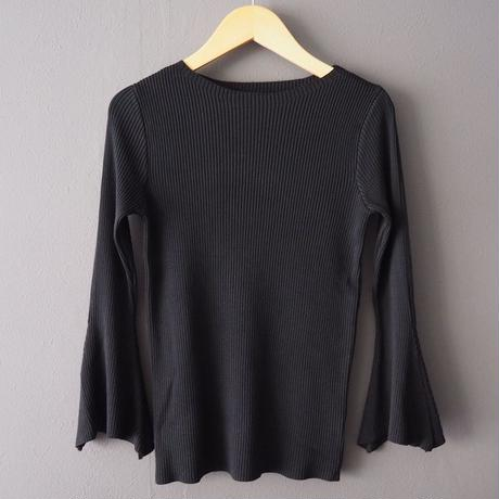 bell sleeve ribbed top