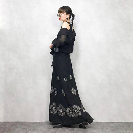 Embroidery flower maxi skirt