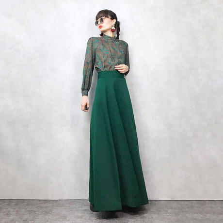Crystal button green