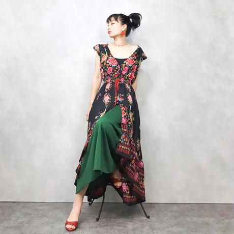 Rose peacock black dress