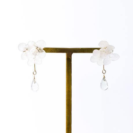 あじさい(白)花束×グリーンアメジストピアス-14kgf