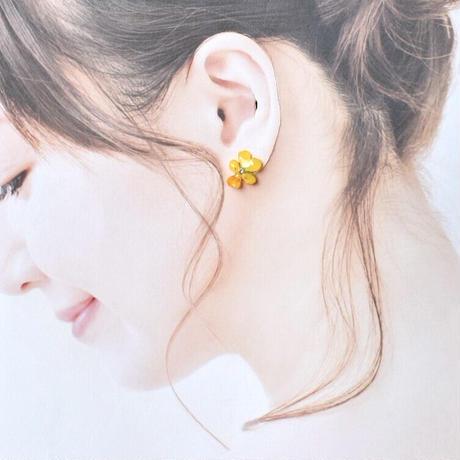 ビオラピアス(スタッド)-黄色