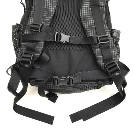 NERDY MOUNTAIN WORKS / THA ZACPAC 30-35L