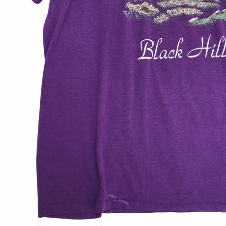 Made in USA / 90's Black Hills Tee / Purple / Used
