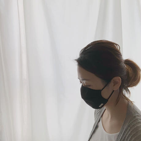 保湿・消臭・抗ウイルスマスク(ブラック)