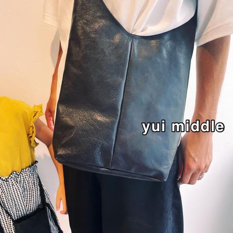 [ com SELECTED ] 【menou】B-2101 / yui middle
