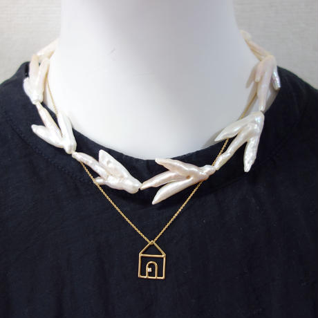 twig pearl necklace