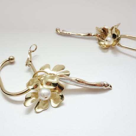 flower stickpearl earrings