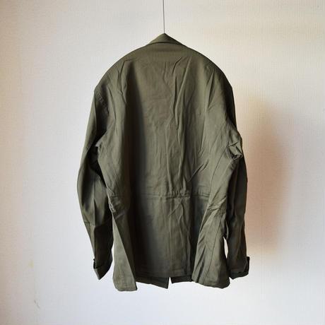 【スタイリッシュでミリタリー色強めなデザイン!】MILITARY DEADSTOCK  フランス軍F-1ジャケット