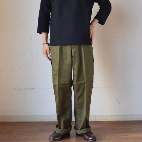 【メガヒットカーゴ再び!】MILITARY DEADSTOCK  80年代 チェコ軍 カーゴパンツ オリーブ