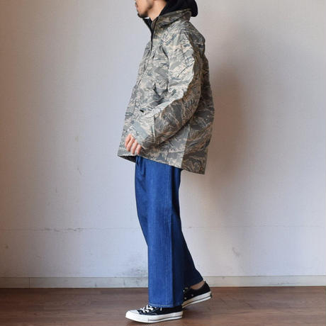 【近代ミリタリーの傑作の一つ!】MILITARY DEADSTOCK  US AIR FORCE APECS ABU DIGITAL TIGER CAMO GORE-TEX PARKA