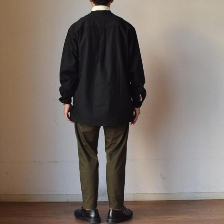 【これぞユーティリティアイテム!】MANUAL ALPHABET マニュアルアルファベット ツイル プルオーバー Vネックシャツ オリーブ/ブラック