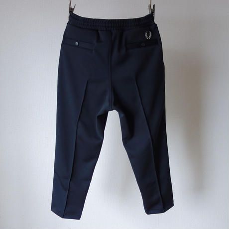 【RECOMMEND】FRED PERRY  CROPPED POCKET TRACK PANTS BLK フレッドペリー クロップドポケットトラックパンツ ブラック【正規取り扱い品】