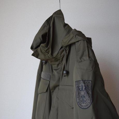 【ミリタリーアウターならではの作りと質感!】MILITARY DEAD STOCK オーストリア軍 フィールドジャケット