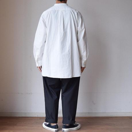 【入荷しました!】AUDIENCE オーディエンス オックス ボタンダウン&バンドカラー ボックス Aライン シャツ ホワイト/ブラック【大ヒット御礼!】