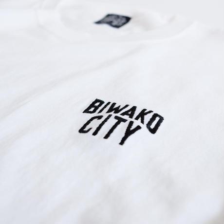 BIWAKO CITY   / EMBROIDERY LOGO TEE  / ビワコシティ / 刺繍 / Tシャツ / ホワイト