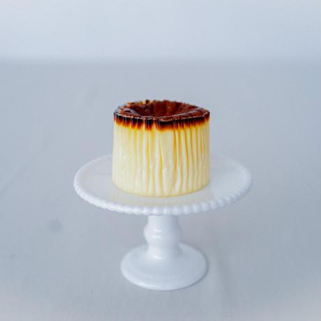 バスクチーズケーキ7cm  (1-2名様)