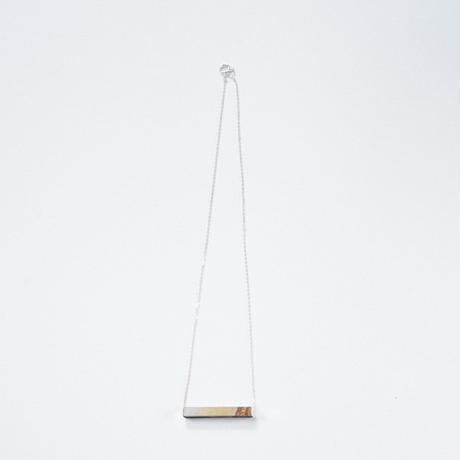 Sand stone oblong short necklace