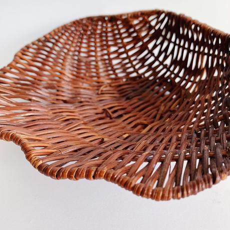 VTG Shell shape straw basket