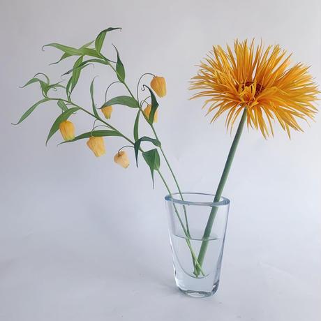VTG Clear glass vase