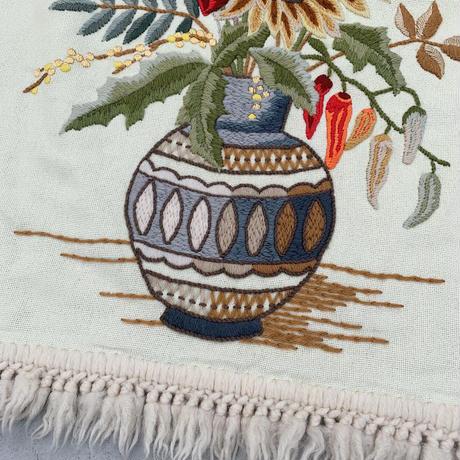 VTG Flower embroidered fringe tapestry