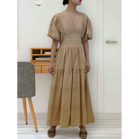 diploa | EYELET DRESS | Camel