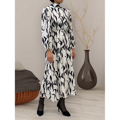 diploa | PRINTED BOW DRESS | White x Black