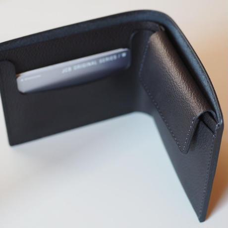 二つ折り財布| 収める納まる #型押し