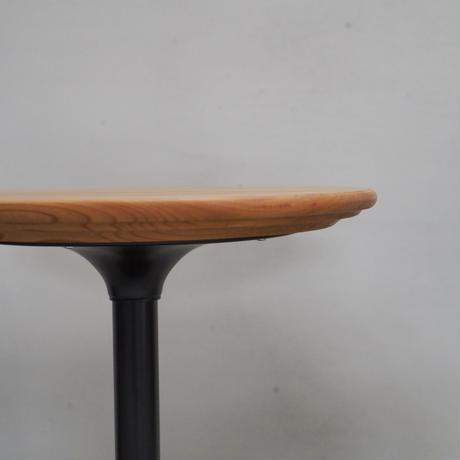 欅のサイドテーブル d