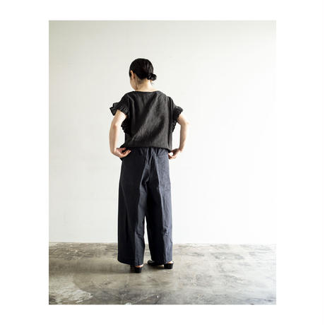 【miho umezawa】 フリルブラウス