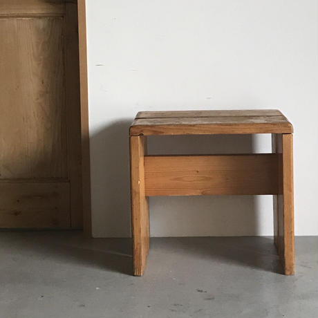 """2 Planks Stool for """"Les Arcs""""-6 / Charlotte Perriand / 1970s"""