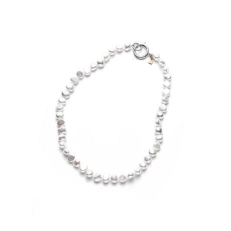 White Mermaid Pearl Short Silver Clasp