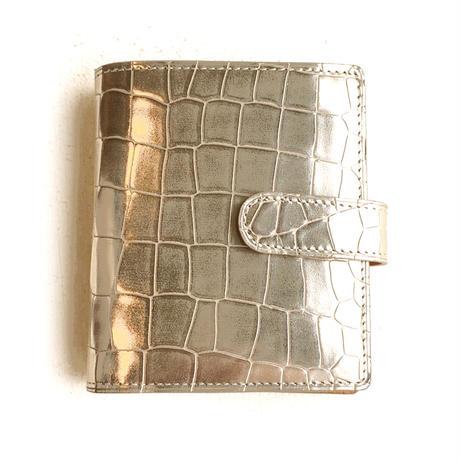 <women>isola(アイソラ)クロコ型押し・2つ折り財布・グリンゴ ブラ札 小(11506)   / ゴールド